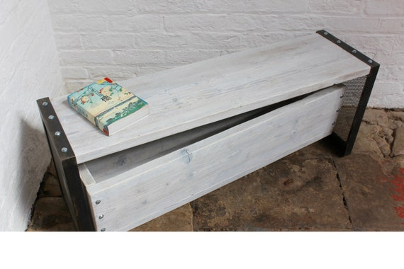 Finizio Reclaimed White Washed Scaffolding Board Low Bench