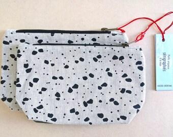 Make-up case, zippered pocket, silkscreen print, black, cotton and linen kit