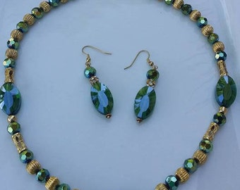 Handmade gold tone green glass beads, set necklace ,pierced earrings