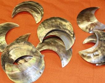 Mother of pearl shells half moon crescent shape - 12 shells, BLACK LIP PENDANT, Polynesian jewelry