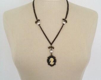 Cameo Necklace, Cameo Pendant, Cameo Necklace Vintage, Lady Cameo Necklace, Victorian Cameo Necklace Pendant, Antique Bronze Cameo Pendant