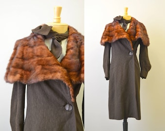 1930s Brown Wool Coat with Winged Fur Collar