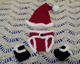 Crochet Baby Christmas Santa Outfit.