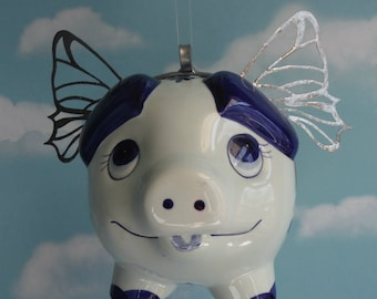 Flying Pig Dutch Decor in Blue and White