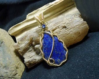 Royal Blue Lapis Lazuli Wire Wrapped Stone Brass Pendant