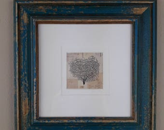 Pretty little print on wooden frame  24x24 cm