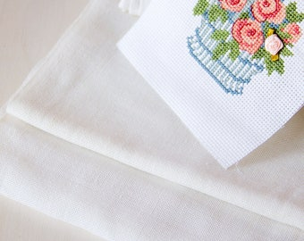 Table runner_waste canvas_cross stitch_satin stitch_long trim_blank fabric_vintage embroidery_milk off white_cotton canvas_unused clear