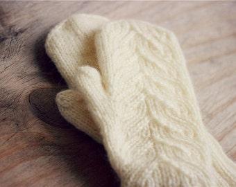 Handmade Gloves Knit Mittens Womens Warmers Gloves Knitted Cable Mittens Cream Hand Wool Cable Girl's wool gloves White Mittens Knit Glove