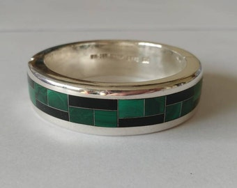 Vintage Malachite and Onyx Inlay Bangle, Silver bangle with malachite and onyx inlay