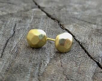 Gold earrings, Solid 18K gold stud earrings, small gold studs, post earrings, simple stud earrings, geometric  gold earrings, StudioAdama