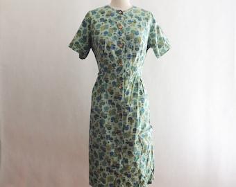 1940's Green Apple Print Cotton Shirt Dress / 1940 Day Dress / Retro Cotton Dress / Novelty Print Dress / 1940 Shirt Dress / Size Large