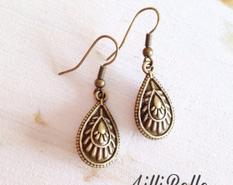 Drop earrings, fine and delicate Arabesque brass water - romantic women jewelry