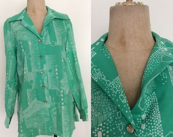 1970's Honeycomb Forest Button Up Vintage Shirt Polyester Top Blouse Size Large by Maeberry Vintage