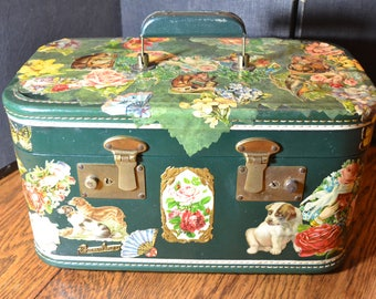 vintage train case vanity case costmetic case weekender sweet romantic victorian forest green unique/Offered by poshparagons for you or gift