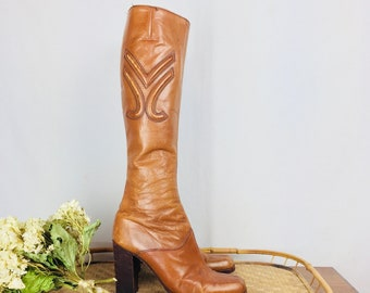 Size 7 Vintage 70's Leather Knee High Boots