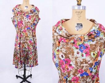 "ANNIVERSARY SALE // 1960s floral dress   brown pink floral wide collar dress   vintage 60s dress   W 33"""
