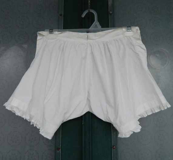 Antique Victorian Edwardian Petit Pants in White Cotton
