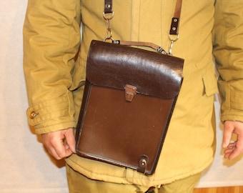 Leather messenger bag Soviet military bag Genuine leather messenger bag Unisex bag Soviet army bag Steampunk bag Tablet bag