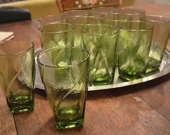 Set of eleven vintage green glasses tumblers