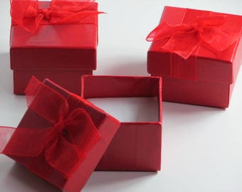 6 light blue, red cardboard gift box, pink with matching Ribbon