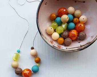 Schmetterlingsgarten - Halskette, Vintage-Perlen - Orange, Lime, Türkis - Gärtner Geschenk