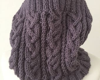 Cowl hand knitted scarf