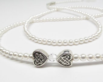 White Pearl Eyeglass Chain with Celtic Hearts - Valentine's gift - Pearl Glasses Chain - Eye Glass Necklace - Eyeglass Holders Necklaces