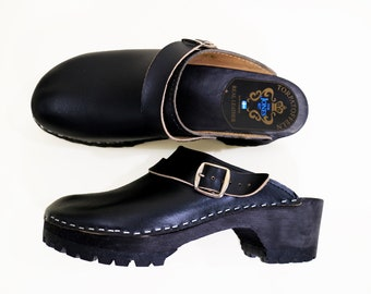 Size 41 / Swedish Clogs / Vintage / Black Leather / Torpatoffeln