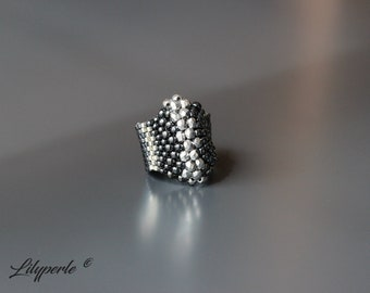 Large ring for woman weaving peyote in hematite/silver faceted Czech seed beads Japanese ring hematite seed beads