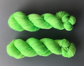 Aciid BFL hand-dyed yarn