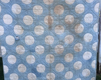 Vintage Hand Quilted Blue & Cream Snowball Cutter Quilt
