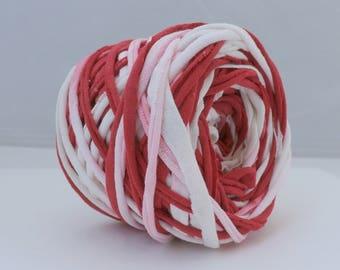 Hand Dyed T Shirt Yarn Red/White 60 Yards, T-Shirt Yarn, Cotton Yarn, Red Yarn, White Yarn, Chunky Tshirt Yarn