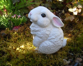 Rabbit, Rabbit Statue, White Rabbit Statue, Snow Bunny Statue, Rabbit Memorial Statue, Hare Statue, Easter Bunny,
