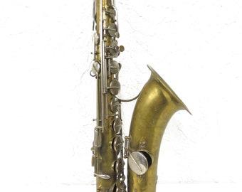 Antique 1913 Saxophone signed Buffet Crampon, Evette & Schaeffer, Carl Fisher, Passage du Cerf Paris France, Brass Instrument Serial 22305