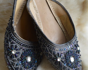 Vintage Leather Beaded Indian Slippers