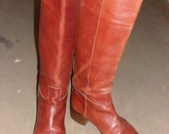 Vintage Joan & David Brown Leather Cowboy-Look Boots 38 1/2