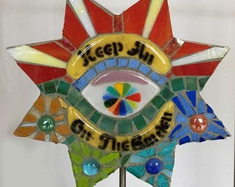 Keep an EYE on the Garden Mosaic Stake