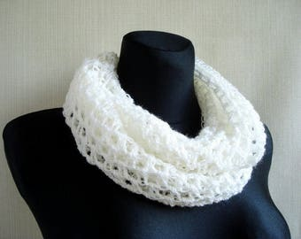 SALE Womens crochet scarf Infinity scarf Winter scarf Crochet loop scarf Circle scarf Hand crochet eternity scarf Neck warmer Christmas gift