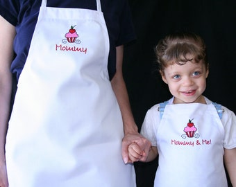 Mommy and Me Chef Apron Set (2 Aprons)