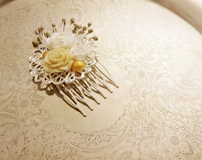 Handmade wedding hair comb clip resin flowers roses vintage gold creme white wedding prom accessory hair piece bride