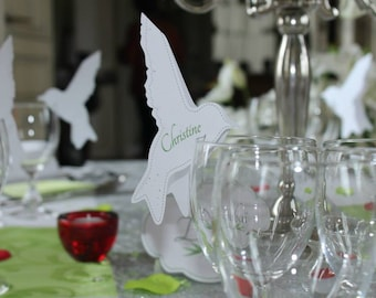 Place card in silhouette bird, to put on glasses