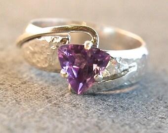 Edgy - Amethyst gemstone ring