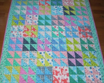 Daisy Chain Baby Girl Quilt - Toddler, Crib, Nursery
