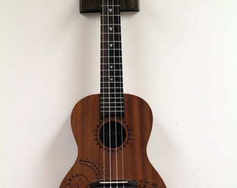 Ukulele, banjo hanger (Dark Walnut)