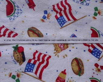 "Daisy Kingdom 1997 fabric ""Patty's picnic Apple Pie All Over Toss"" #2718  1 yard"