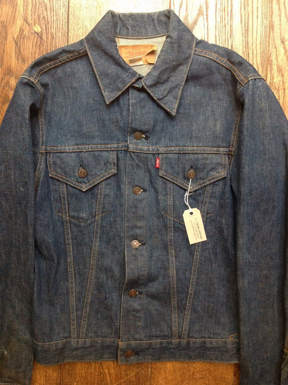 "Vintage 1980s 80s dark indigo blue denim Levis jacket small e red tab 42"" chest rockabilly made in USA 71205"
