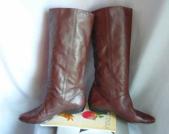 Vintage Leather SLOUCH Knee Boots / Size 6 .5 Wide Eu 37 UK 4 / NATURALIZERS Flat Pixie Pirate Cuff / made in Brazil Dark Brown