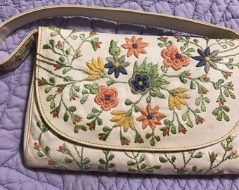 Vintage embroidered colorful flowers white summer purse