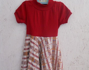 Vintage 70s Toddler Dress with Full Skirt Tie Back Size 2-3