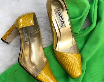 Vintage 80's Yellow/Gold Snakeskin Clear Heels Pumps by Coup D'etat
